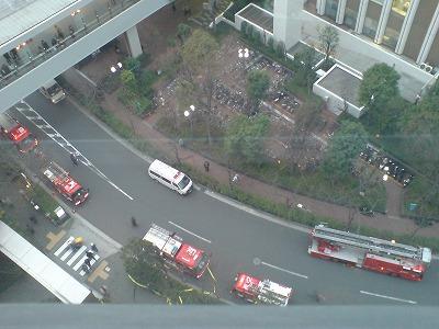 消防車が。